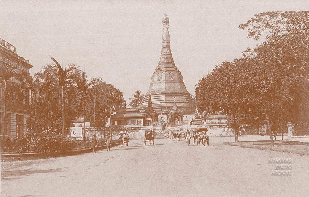 1910, Burma, Myanmar, U Ohn Sein, Yangon, amateur photo, architcture, buildings, colonial, downtown, old burma, old yangon, pagoda, sule pagoda